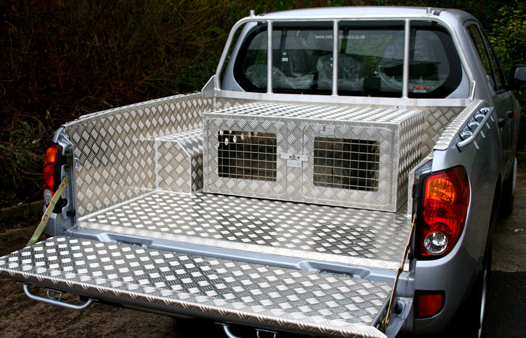 Aluminium Terrier Dog Box To Fit In Your 4x4 Pickup Dog
