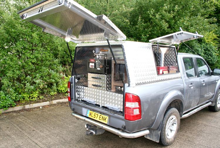 Aluminium Canopy With Integral Drawer System Aluminium