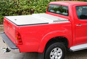 ALUMINIUM TONNEAU COVER with Integrated Storage/Tool Box