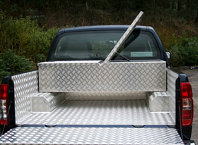 Aluminium Chequer Plate Cross Over Box