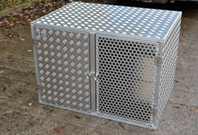 Double Dog Box with Mesh and solid Door