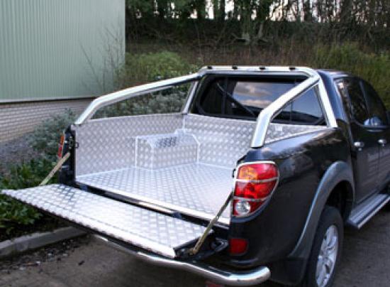 Mitsubishi L200 Mk5 Aluminium Lining