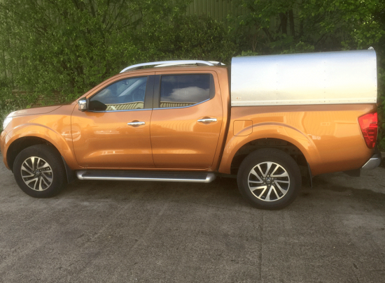 NP300 Nissan Pickup Agrican with Solid Door