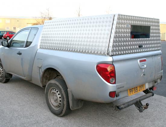 Mitsubishi Club Cab Solid Sided Samson Canopy