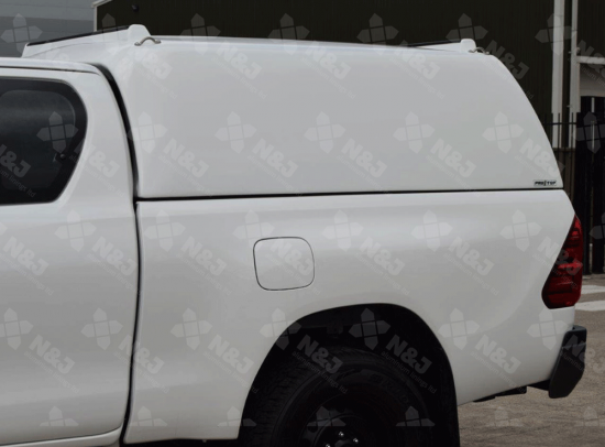 NEW TOYOTA HILUX EXTRA CAB 2016 ONWARDS MID ROOF PRO//TOP® TRADESMAN CANOPY HIGH ROOF BLANK SIDED IN 040 WHITE
